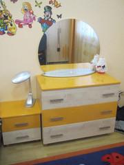 Б/у мебель в детскую (7 част.,  ДСП + МДФ,  5 л. эксплуатации)