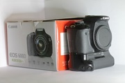 Canon EOS 600D + 18-55 mm III + Батарейный блок BG-E8