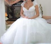 Свадебное платье одето один раз