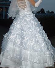 свадебное платье в отльчном состоянии